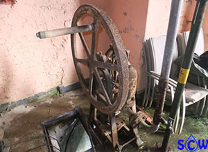 old well hand pump
